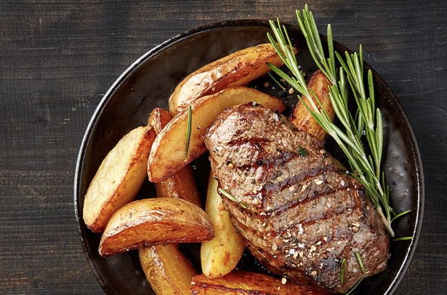 grilled-beef-steak-and-potatoes